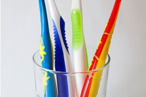 House Cleaning Sacramento –  Cleaning Toothbrush Holders